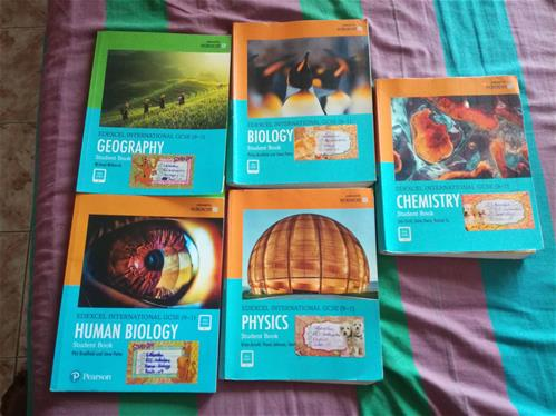 EDEXCEL INTERNATIONAL GCSE (9-1) BOOKS FOR SALE;